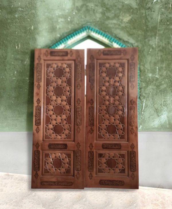 درب مسجد تمام چوب